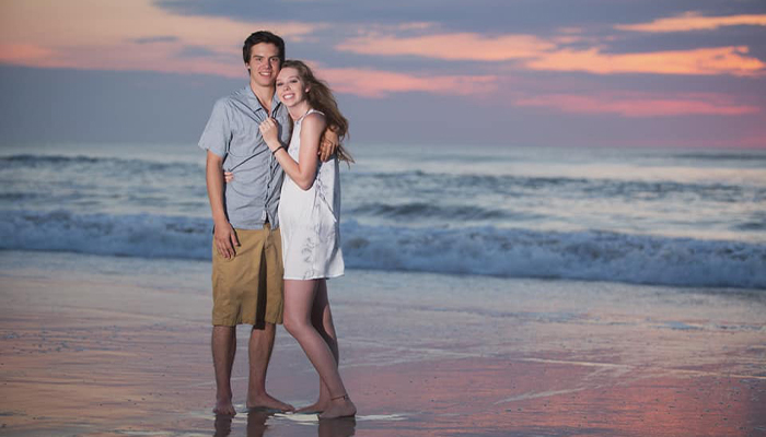 couples trip to the obx - plan your next outer banks couple's vacation
