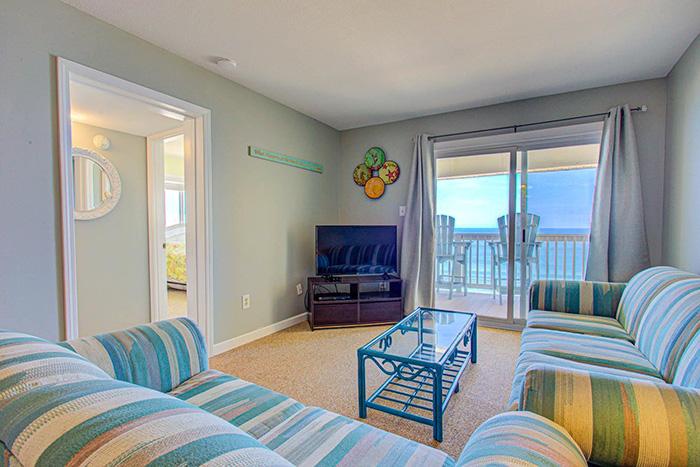 #SC2C - Sands Shamrock Living Area