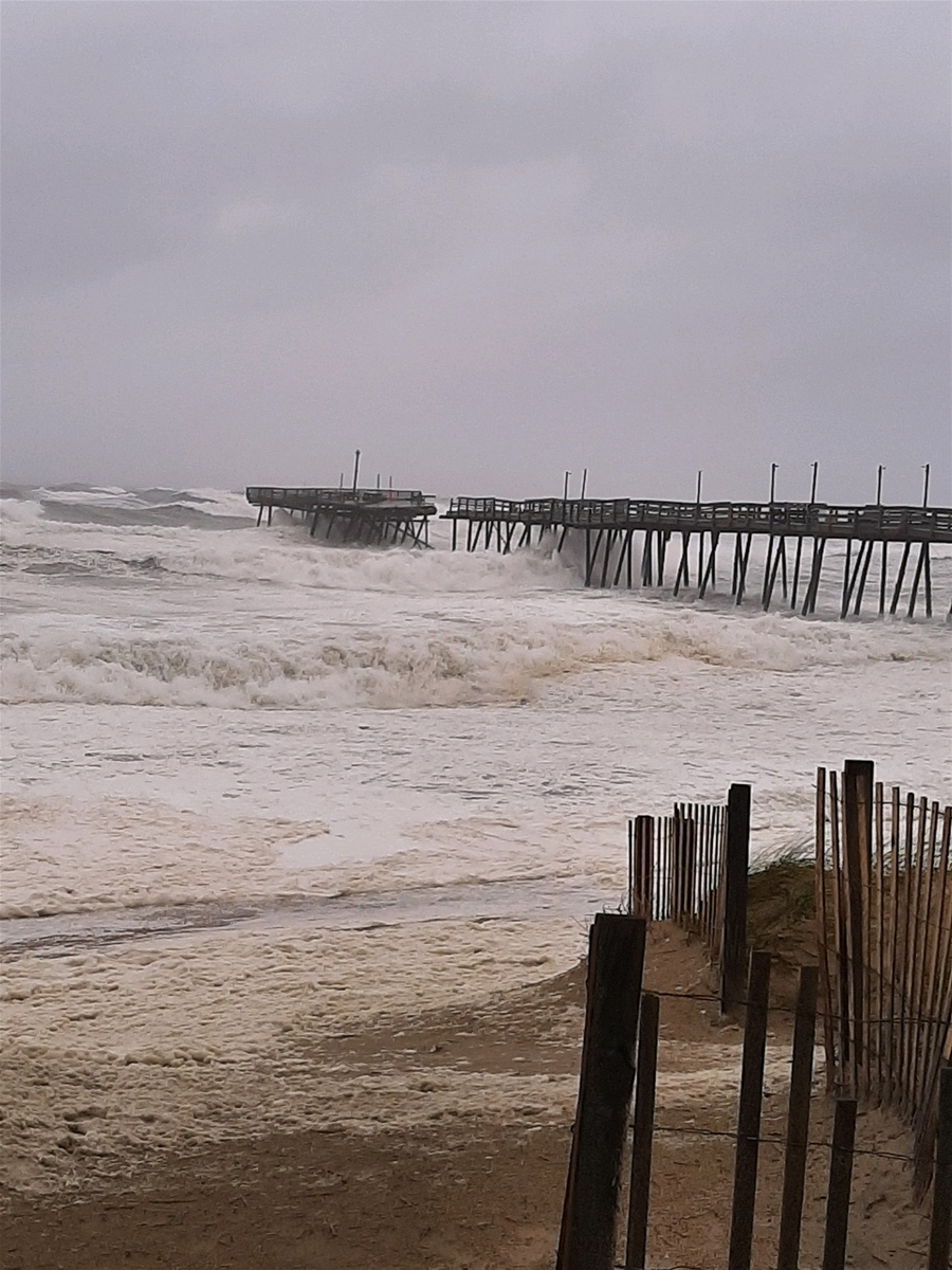 damage to avalon pier