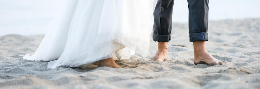 Beach Wedding Attire Tips On What To Wear To A Beach Wedding