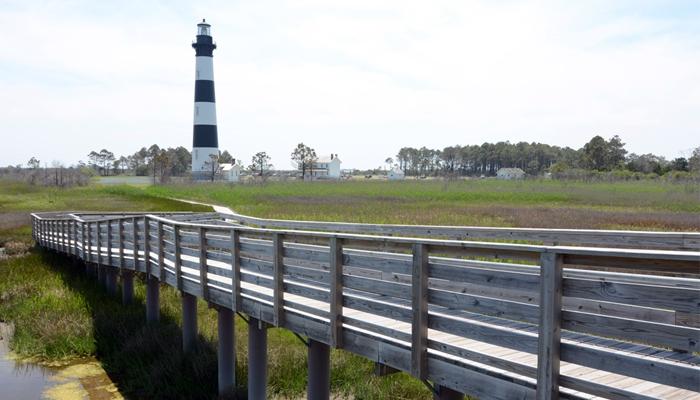 top 10 selfie spots - bodie island lighthouse