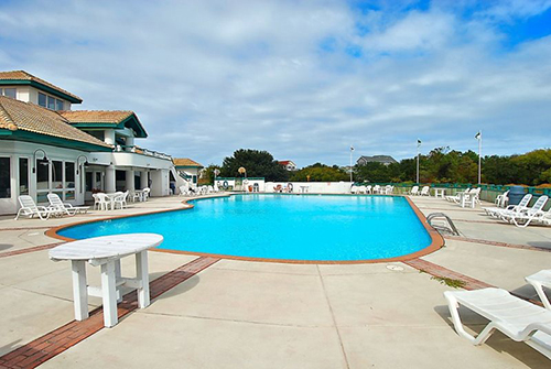 Monterary Shores Community Pool