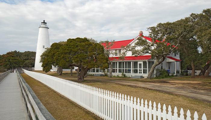 top 10 selfie spots - ocracoke island lighthouse